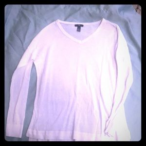 Gap white ultra light sweater